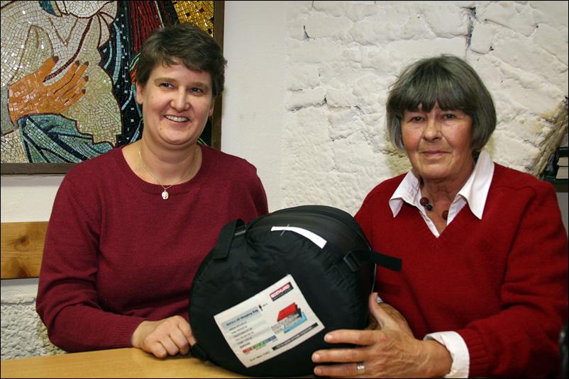 Wilke, Pint bei der Spenden-Übergabe 2008