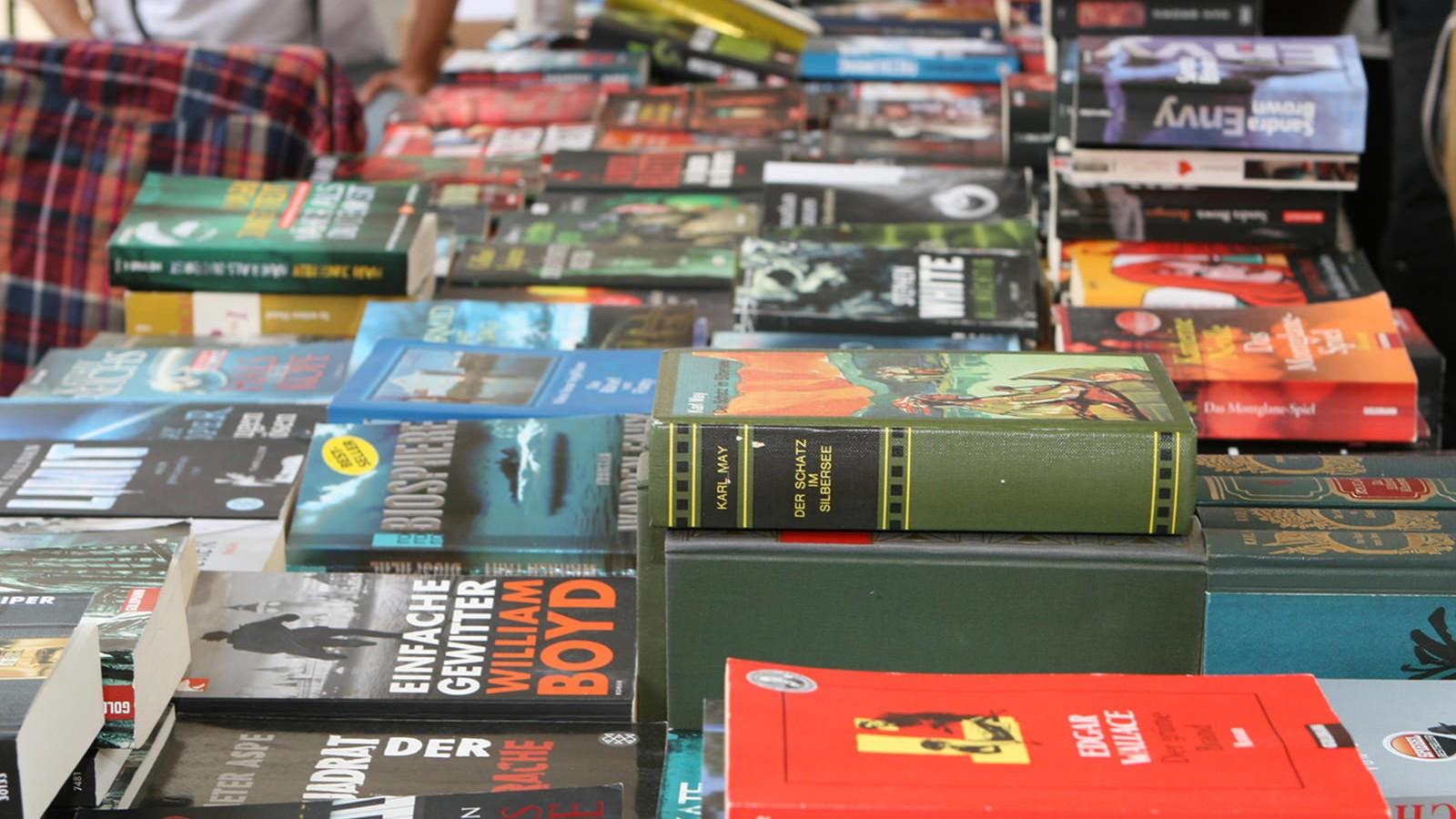 Bücherflohmarkt Wien - gebrauchte Bücher spenden