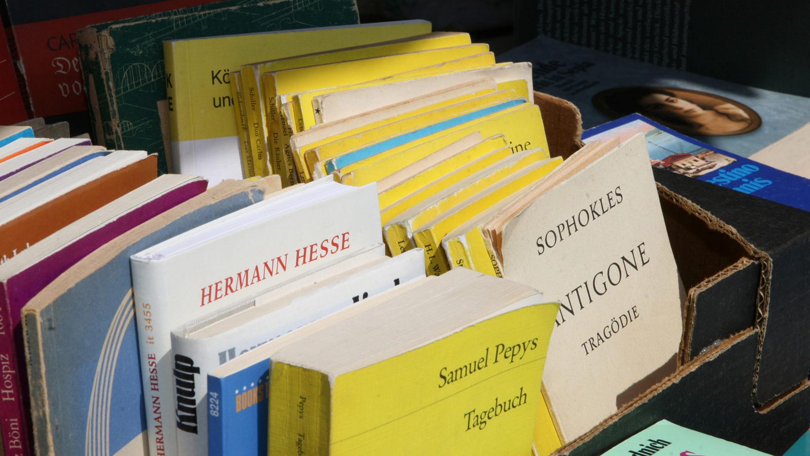 Bücher spenden für einen guten Zweck - gebrauchte Bücher spenden